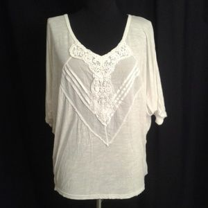Free People top batwing sleeves Small lace